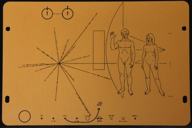 space probe pioneer 10 plaque - photo #18
